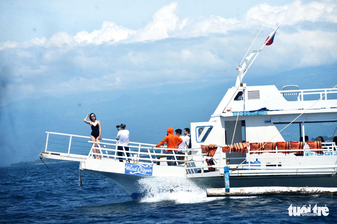 Đến Davao tắm biển, ngắm đại bàng - Ảnh 12.