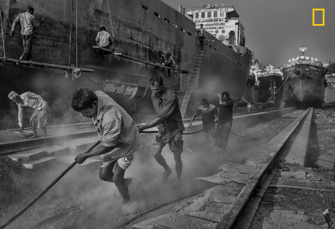10 bức ảnh đẹp mê mẩn của cuộc thi ảnh NatGeo - Ảnh 10.