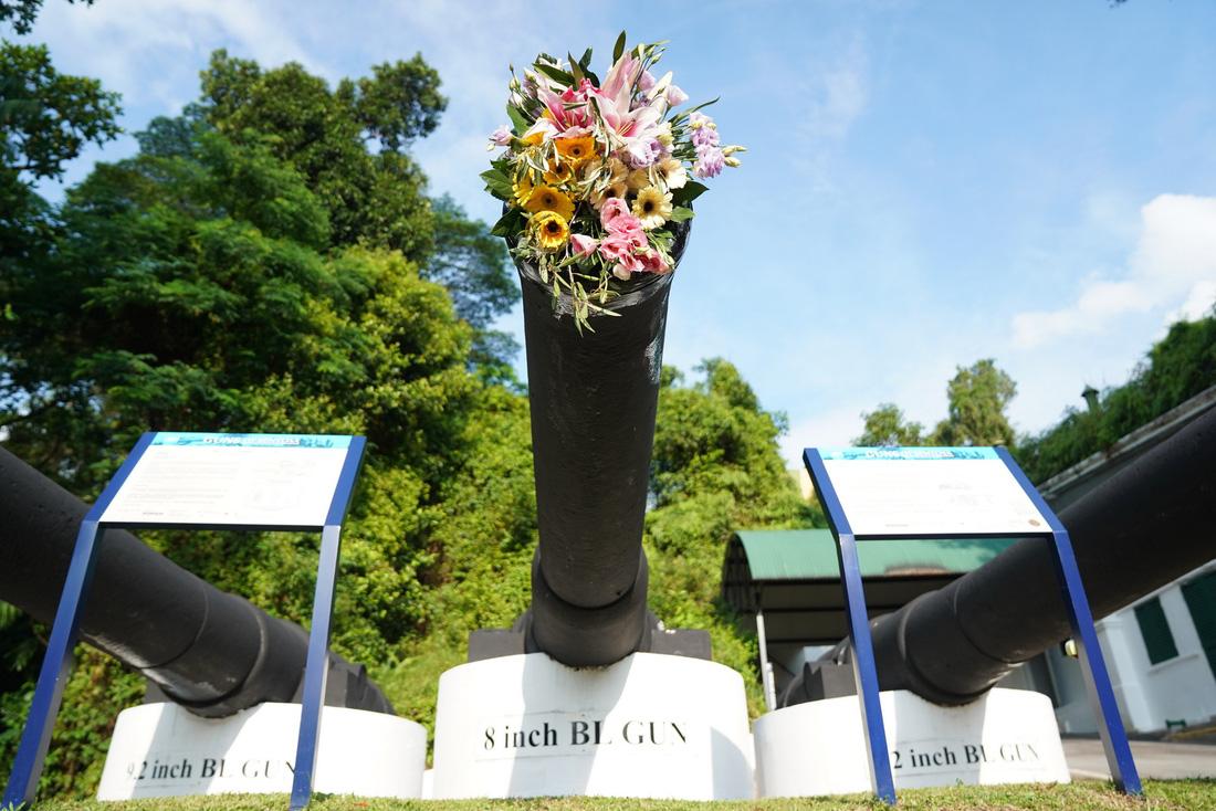 Những bông hoa trên nòng súng ở hội đàm Trump - Kim - Ảnh 16.