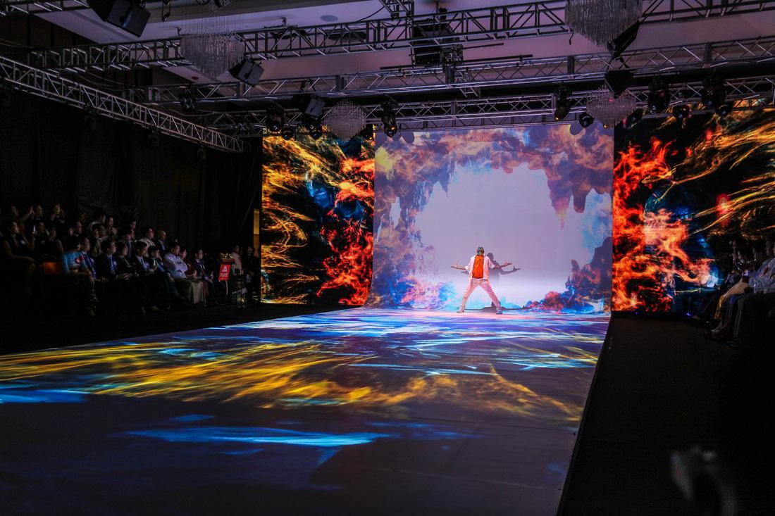 Show trình diễn công nghệ tại lễ khai trương Mytel - Ảnh 2.