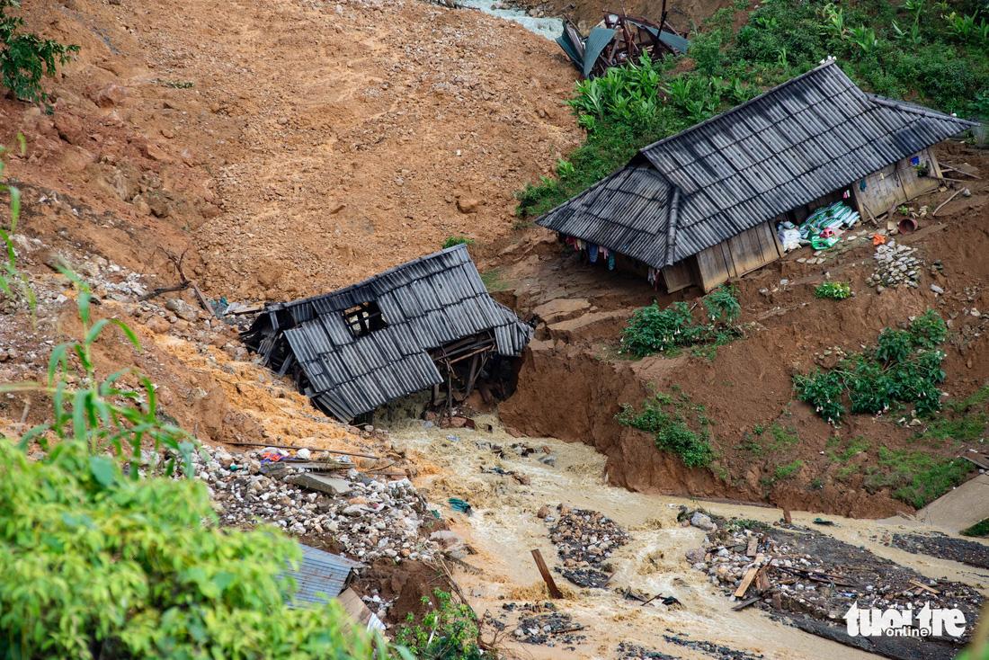Bản Sáng Tùng bị xóa sổ sau vụ sạt lở đất ở Lai Châu - Ảnh 4.