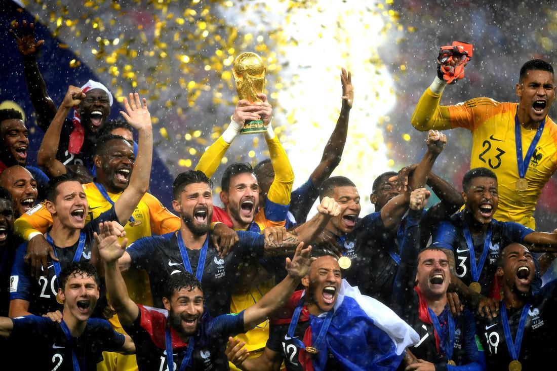 Những hình ảnh ấn tượng nhất đêm chung kết Croatia - Pháp - Ảnh 21.