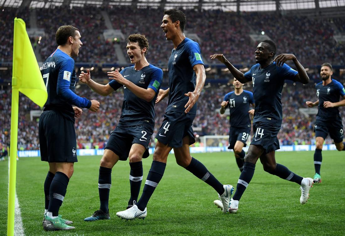 Những hình ảnh ấn tượng nhất đêm chung kết Croatia - Pháp - Ảnh 9.