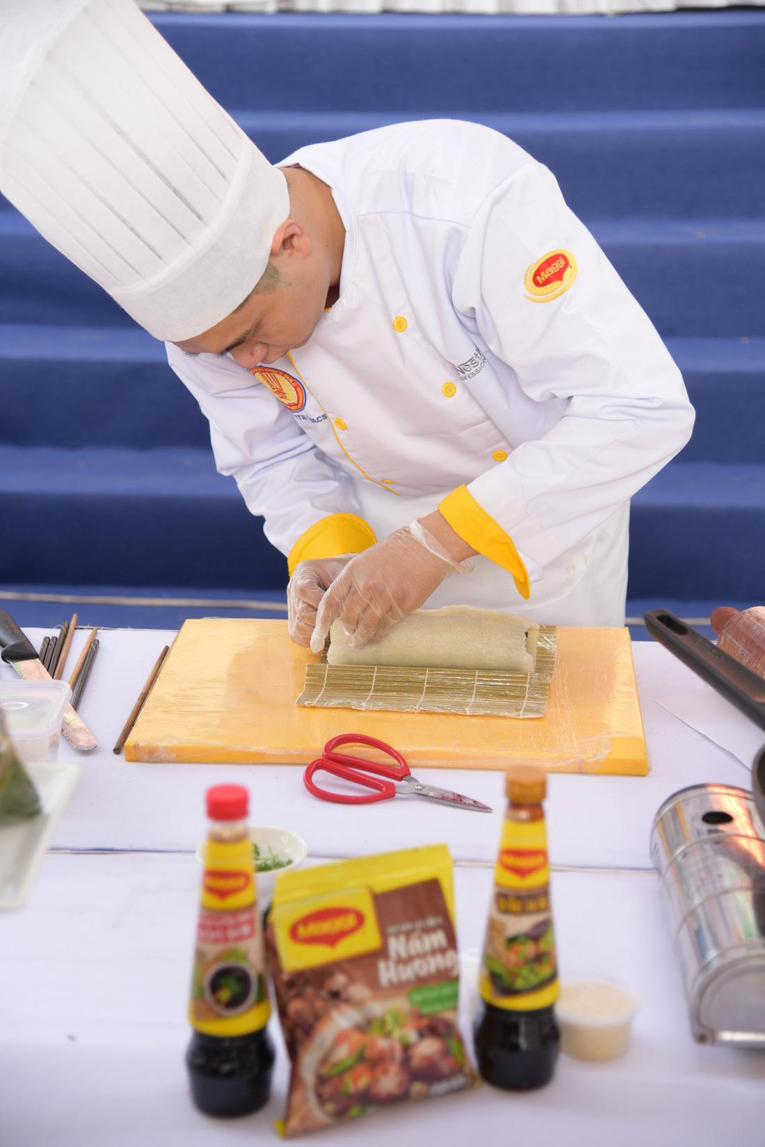 Vạn Ý Nghĩa vào top 50 món chiên ngon đặc sắc nhất Việt Nam - Ảnh 3.