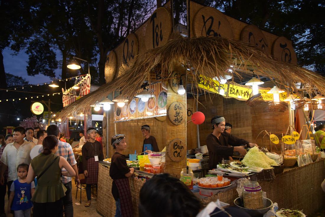 Vạn Ý Nghĩa vào top 50 món chiên ngon đặc sắc nhất Việt Nam - Ảnh 6.