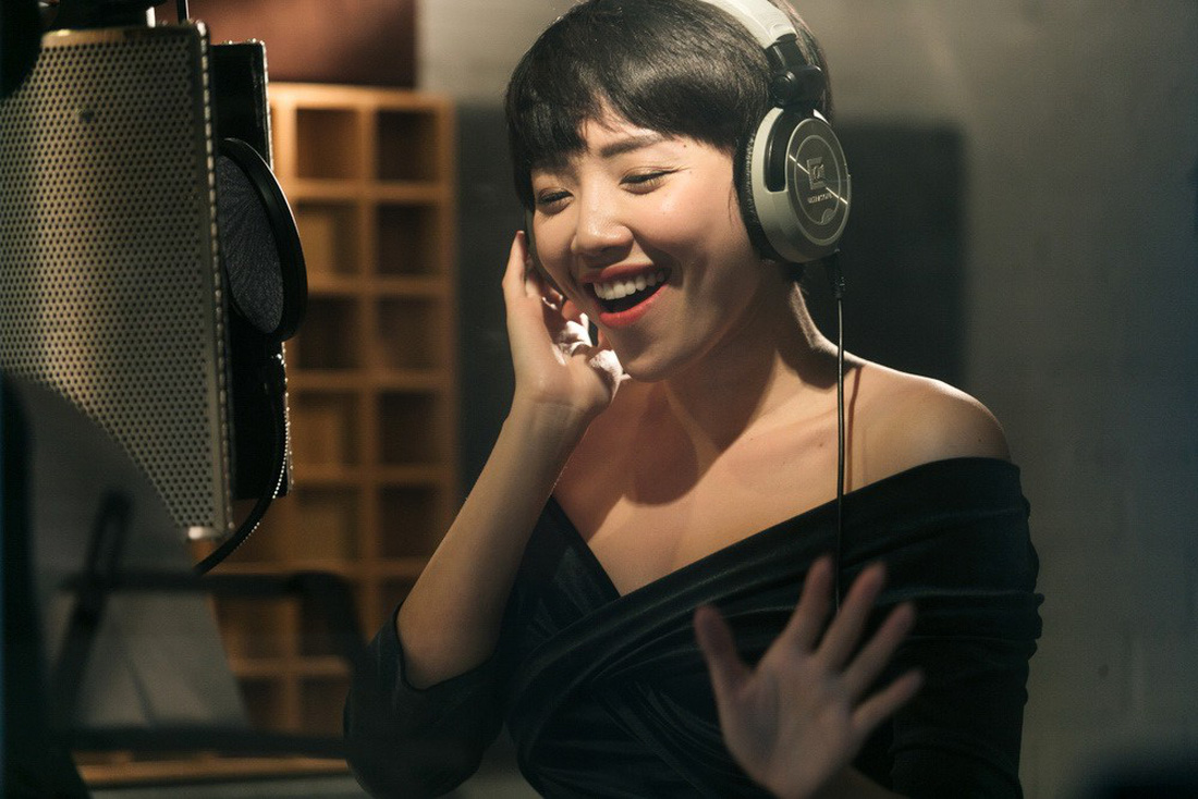 19 ca sĩ, nhóm nhạc hòa giọng trong album Bình tĩnh sống - Ảnh 4.