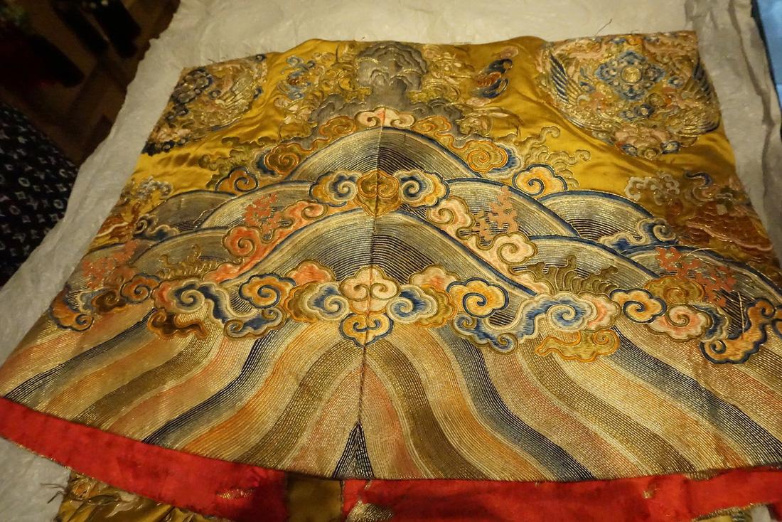 Chiếc áo của đức Từ Cung - mẹ vua Bảo Đại - từ Pháp trở về - Ảnh 15.