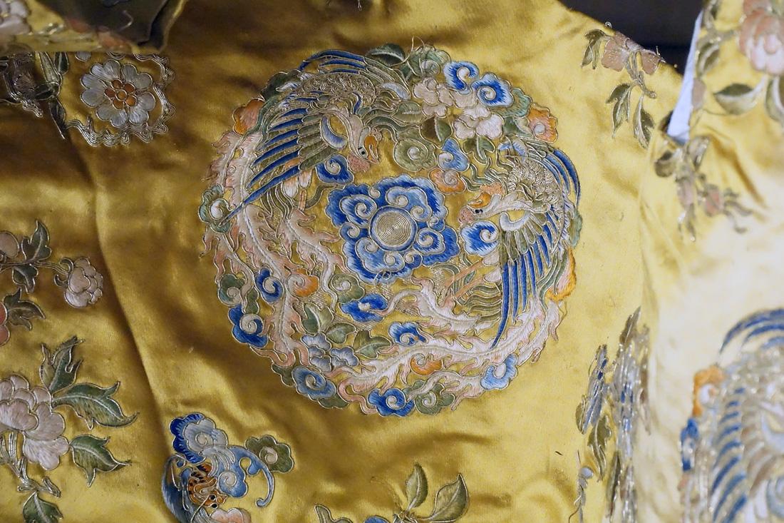 Chiếc áo của đức Từ Cung - mẹ vua Bảo Đại - từ Pháp trở về - Ảnh 10.