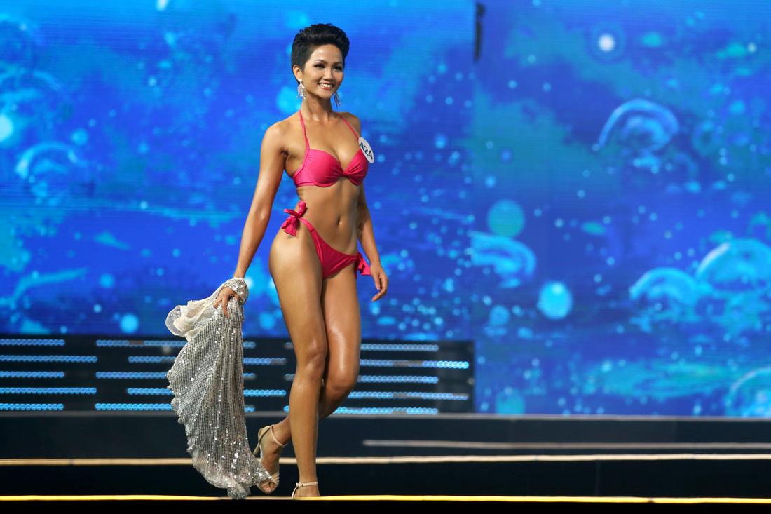 Ngắm nhan sắc tân hoa hậu HHen Niê qua các vòng thi - Ảnh 5.