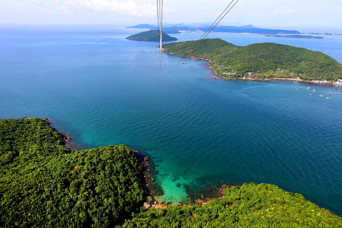 Nam Phú Quốc: Ngắm thiên đường du lịch từ trên cao - Ảnh 2.