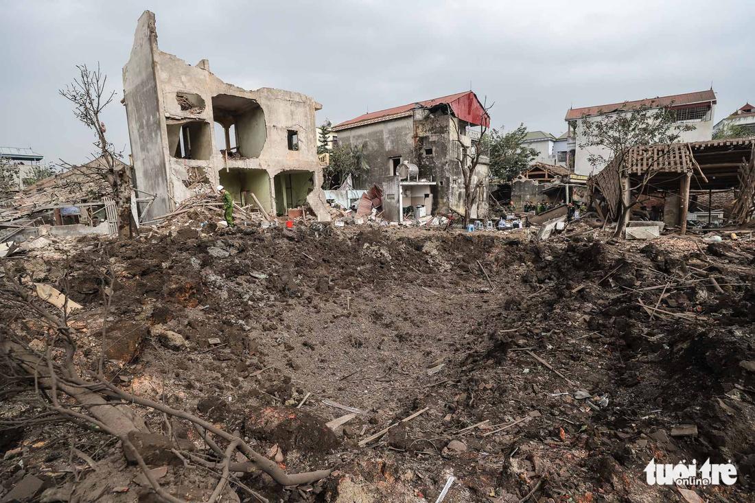 Hiện trường kinh hoàng vụ nổ kho phế liệu ở Bắc Ninh - Ảnh 1.