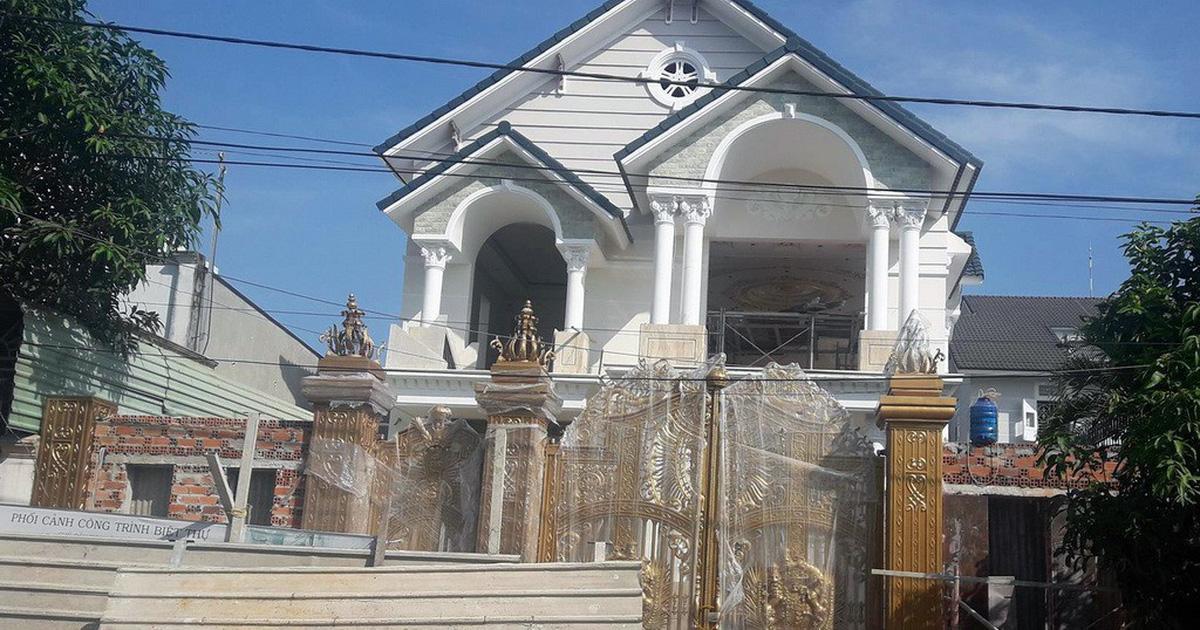 Giàn giáo công trình biệt thự đổ sập, 2 công nhân tử vong