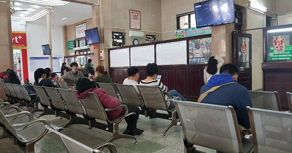 Vé tàu từ Hà Nội đi Sài Gòn chỉ còn nhiều từ ngày 27-2