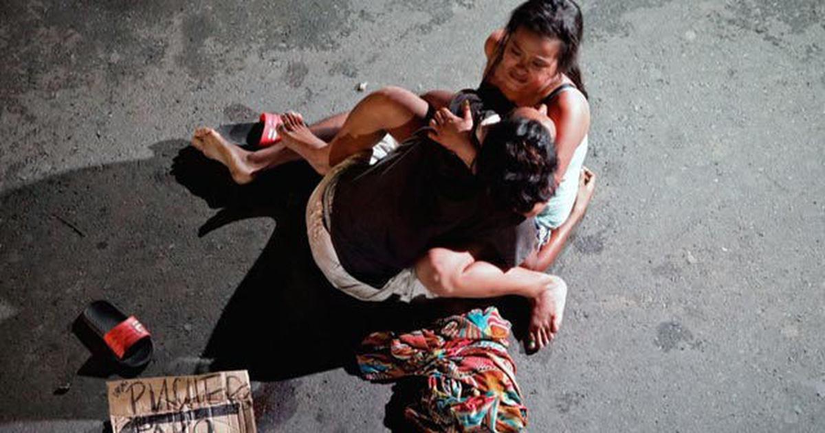 """Anh bán thiết bị """"giết hàng ngàn thường dân"""" cho Philippines"""