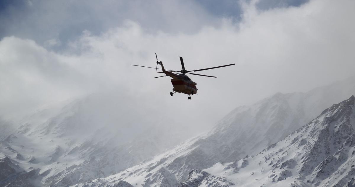 Tìm thấy 32 thi thể nạn nhân rơi máy bay ở Iran