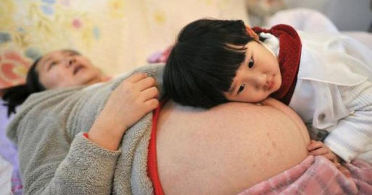 Chê chất lượng trong nước, phụ nữ Trung Quốc ra nước ngoài tìm con