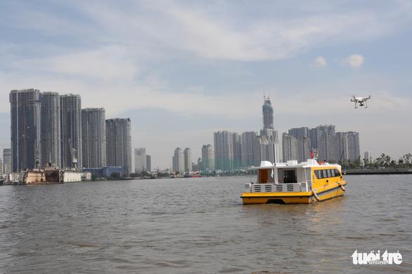 Tuyến buýt sông đầu tiên ở Sài Gòn chính thức hoạt động - Ảnh 8.