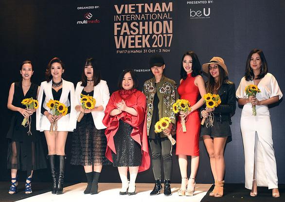 Công Trí mở màn Tuần lễ thời trang quốc tế Việt Nam - Ảnh 3.