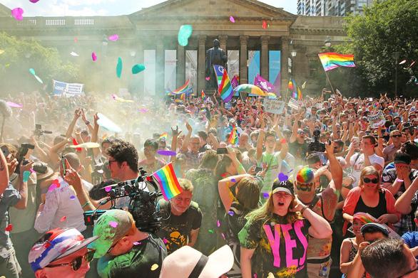 Lễ ăn mừng cầu vồng của người đồng tính Úc - Ảnh 6.