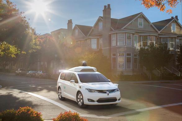Google đột phá trong thử nghiệm ô tô không người lái - Ảnh 1.