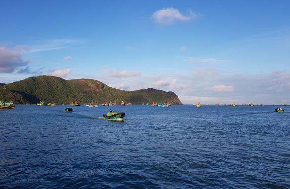 Hàng ngàn ngư dân tại Côn Đảo sẵn sàng ra khơi - Ảnh 1.