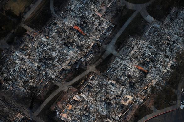 4 ngày chìm trong biển lửa của California - Ảnh 17.