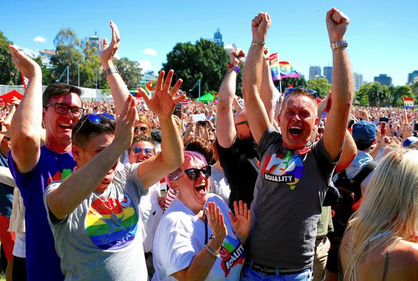 Lễ ăn mừng cầu vồng của người đồng tính Úc - Ảnh 7.