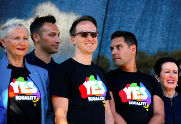 Lễ ăn mừng cầu vồng của người đồng tính Úc - Ảnh 5.