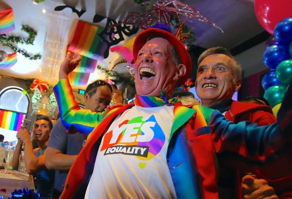 Lễ ăn mừng cầu vồng của người đồng tính Úc - Ảnh 10.