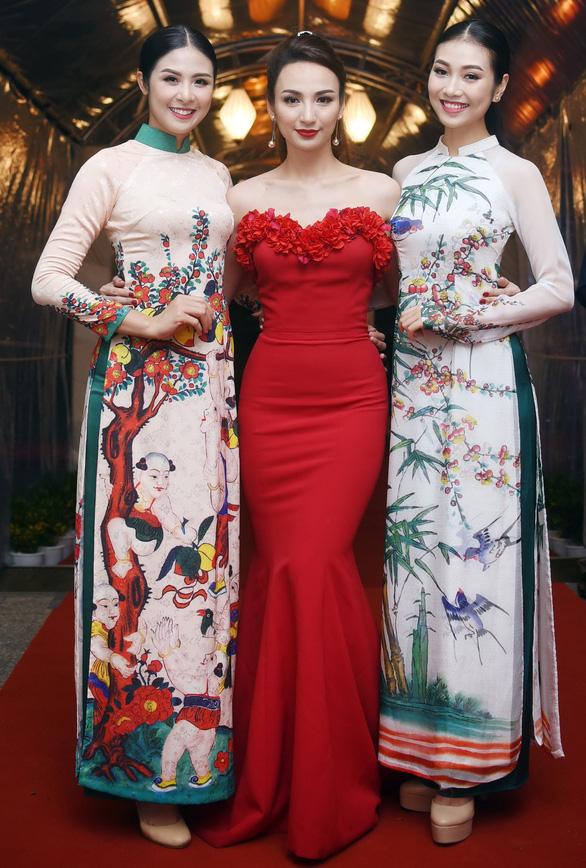 Ngọc Hân trình diễn Bức họa đồng quê tại APEC - Ảnh 7.