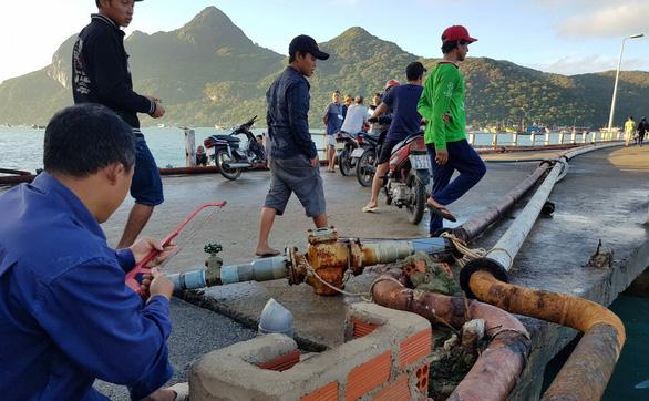 Hàng ngàn ngư dân tại Côn Đảo sẵn sàng ra khơi - Ảnh 3.