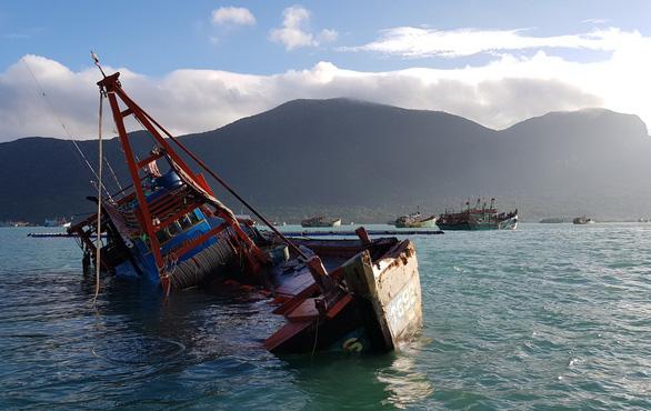Hàng ngàn ngư dân tại Côn Đảo sẵn sàng ra khơi - Ảnh 4.