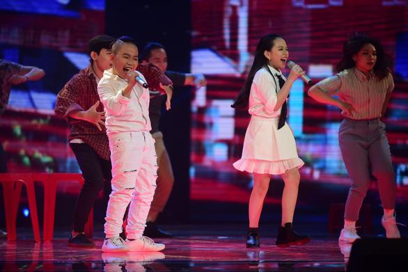 Ngọc Ánh giành quán quân Giọng hát Việt nhí 2017 - Ảnh 14.