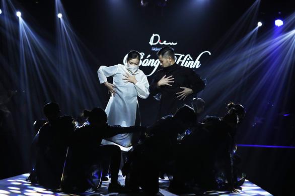 Diệu Fashion show và khi áo dài trên nền nhạc Trịnh - Ảnh 4.