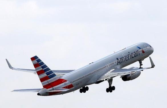 Hàng không Mỹ cấm các kiểu vali 'thông minh' - Ảnh 1.