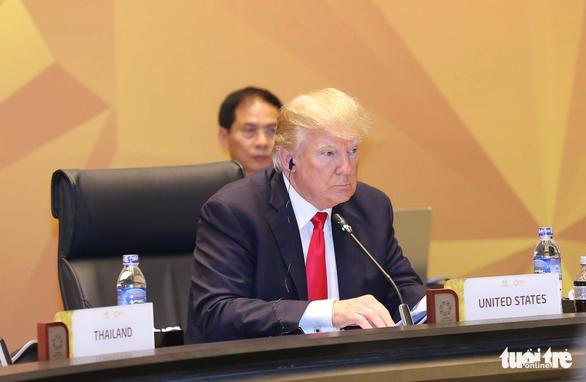 Các nhà lãnh đạo kinh tế bắt đầu phiên họp quan trọng nhất APEC - Ảnh 4.