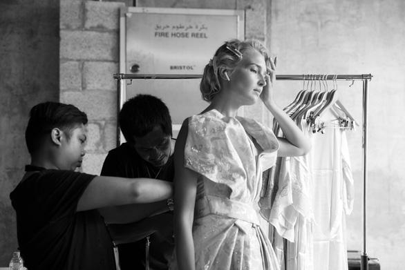 Phương My bật mí bộ sưu tập kì công cho Arab Fashion Week - Ảnh 1.