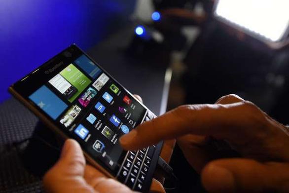 BlackBerry sẽ đóng gian hàng ứng dụng từ 12-2019 - Ảnh 1.