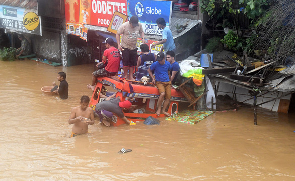 Hơn 100 người thiệt mạng vì bão Tembin ở Philippines - Ảnh 1.