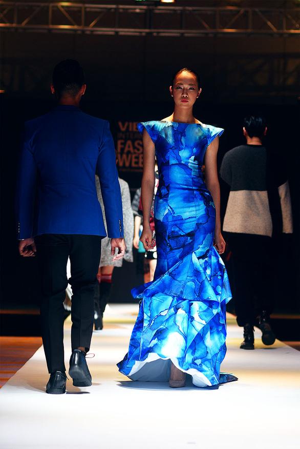 Công Trí mở màn Tuần lễ thời trang quốc tế Việt Nam - Ảnh 7.