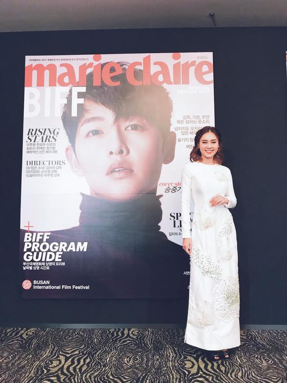 Ninh Dương Lan Ngọc bất ngờ đoạt giải Gương mặt châu Á ở Busan - Ảnh 3.