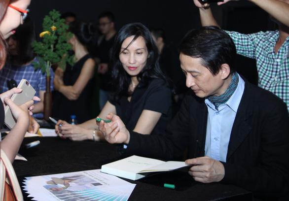 Khơi nguồn cảm hứng khởi đầu với vợ chồng đạo diễn Trần Anh Hùng - Ảnh 1.