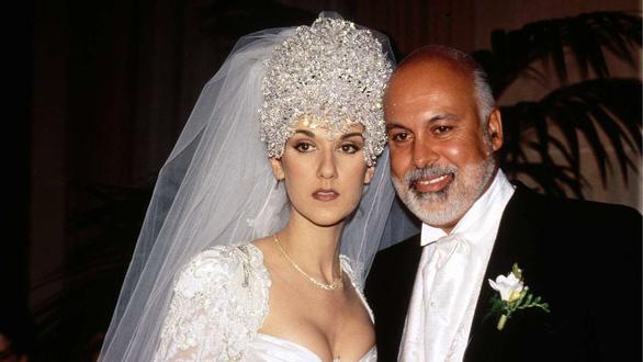Ngắm lại những chiếc váy cưới nổi tiếng nhất thế giới - Ảnh 8.