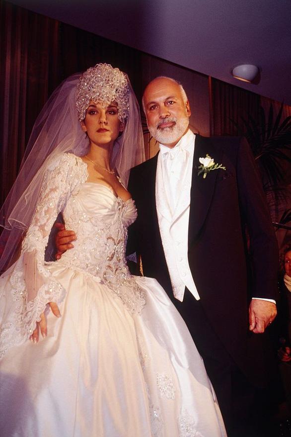 Ngắm lại những chiếc váy cưới nổi tiếng nhất thế giới - Ảnh 9.