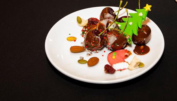 Nấu ăn vào mùa cherry chín cùng vua bếp Ngô Thanh Hòa - Ảnh 4.