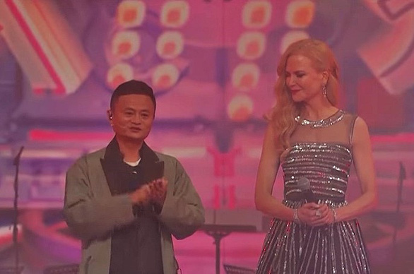 Nicole Kidman bất ngờ xuất hiện trong lễ hội âm nhạc Tianmao - Ảnh 3.