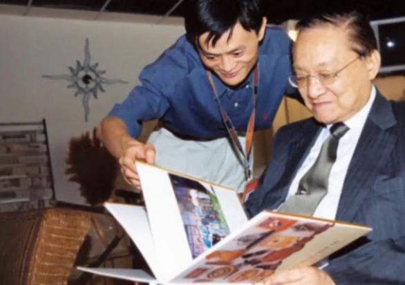 Động thái của tỉ phú Jack Ma và mục đích của Công thủ đạo - Ảnh 5.