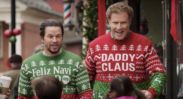 Cười sảng khoái với trailer mới của phim hài Daddys Home 2 - Ảnh 7.