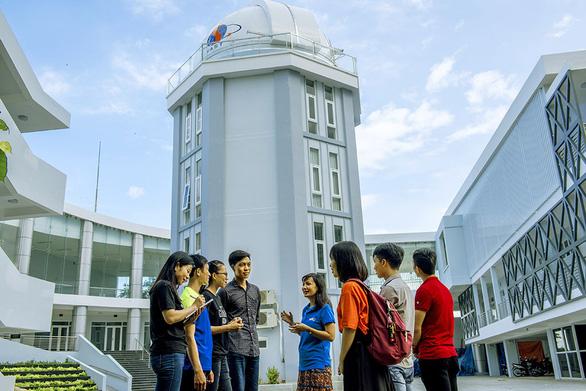 Khám phá vũ trụ ở đài thiên văn đầu tiên của Việt Nam - Ảnh 2.