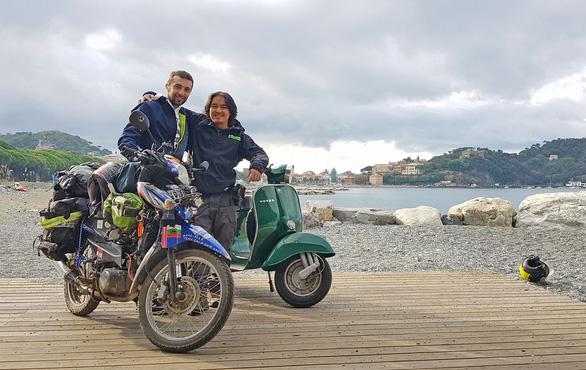 Chàng trai Tiền Giang đi xe máy từ Việt Nam đến Pháp - Ảnh 7.